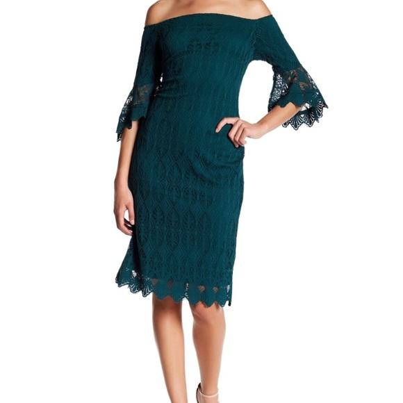 d62e02d08551 Sharagano Off The Shoulder Lace Dress